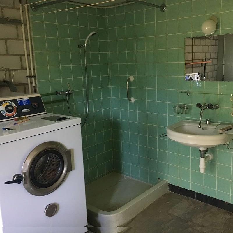 Sanierung Wohnhaus in Binningen, Bad vorher